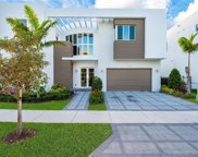 7510 Nw 101st Ave, Doral image
