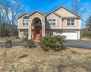 61 Lake Shore Drive West, Rock Hill image