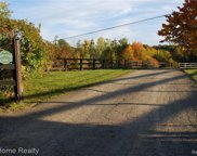 3200 E Oakwood, Addison Twp image