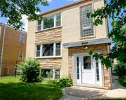 2910 W Touhy Avenue, Chicago image