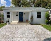 2118 Sw 60th Ct, Miami image