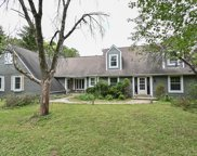 S1W31448 Hickory Hollow Ct, Delafield image
