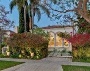 106   N Oakhurst Drive, Beverly Hills image