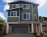 8209 S 118th Ct, Seattle image