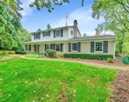 850 Viewland Dr, Rochester Hills image