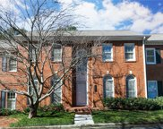 3830 Savannah Square W, Atlanta image