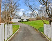 330 White Oak Shade  Road, New Canaan image