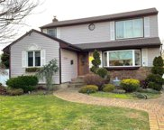 2274 Mildred  Place, Bellmore image