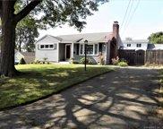 14 Gordon  Avenue, Enfield image