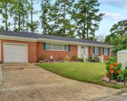 2848 E Point Drive, Central Chesapeake image