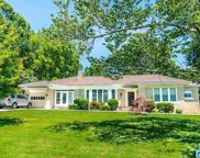 557 Shades Crest Rd, Hoover image
