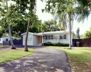 6023 Sw 61st St, South Miami image