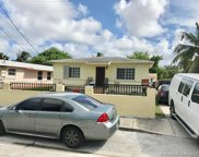 370 Nw 33rd St, Miami image