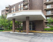 2201 South Grace Street Unit 605, Lombard image