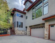 6 Waterloo Circle, Park City image