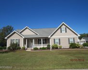 1107 Woods Court, Morehead City image