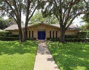 6400 Kingswood Drive, Fort Worth image