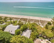15146 Wiles DR, Captiva image