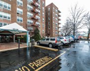 23-35 Bell Blvd Unit #4A, Bayside image