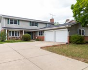 609 E Independence Court, Arlington Heights image