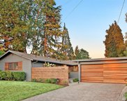 1028 159th Pl  SE, Bellevue image