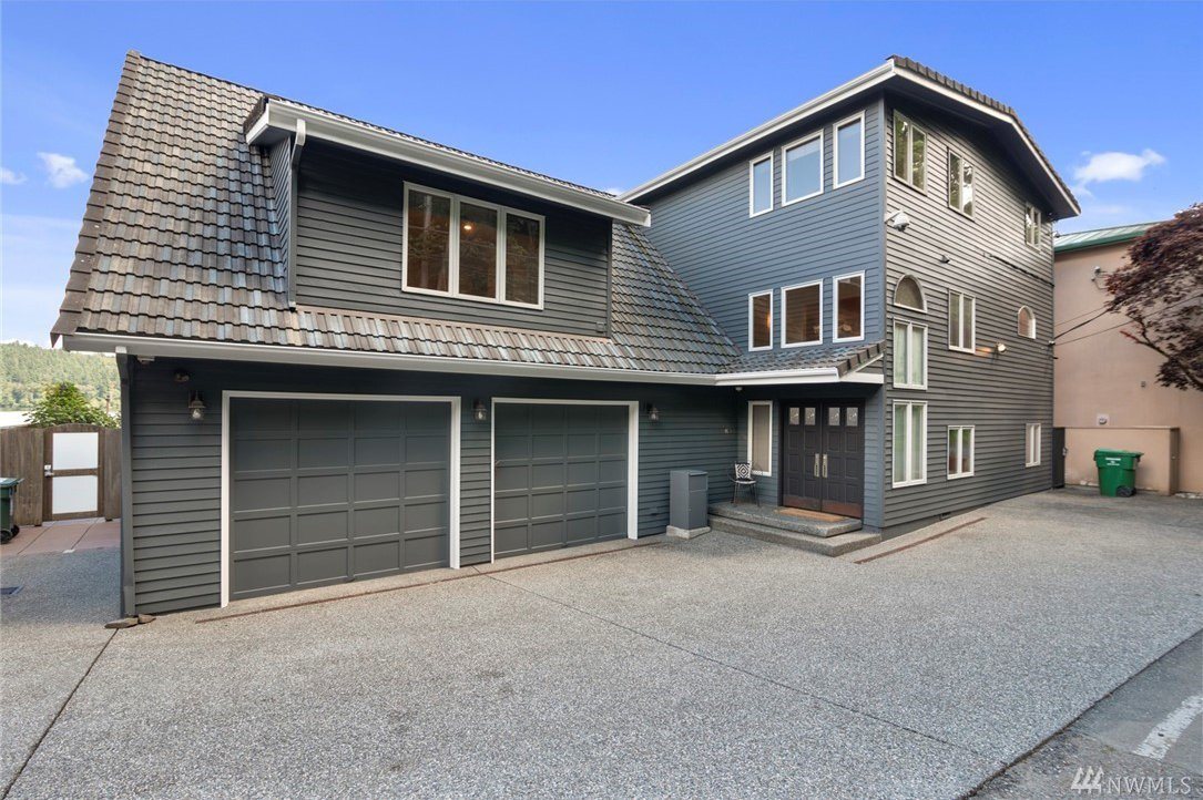 Seattle Real Estate - Homes for Sale | 14014 Riviera Place NE