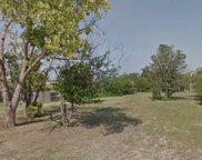 110 Maxwell Road, Hackberry image