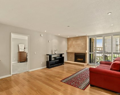 850 State St Unit #216, Downtown