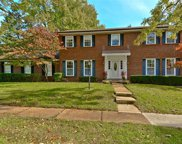 1806 Cayman, Chesterfield image