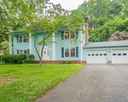 3921 Fieldview Court, Clemmons image
