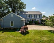 16 LAKESIDE CT, Grosse Pointe image