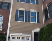 438 Albany Ct, West New York image