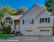 15 High Pointe Dr, White image