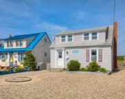 11017 Sunset Drive, Stone Harbor image
