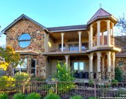 318 Lake Side Circle, Boerne image