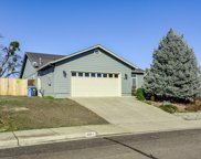 890 Ridgeview  Drive, Eagle Point image