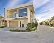 7540 Nw 97th Pl, Doral image