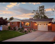 3035 E La Joya Dr, Holladay image