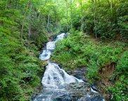 15 Waterfall Court, Murphy image