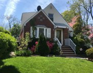 187-20 Peck Ave, Fresh Meadows image