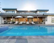 657 Roslyn Boulevard, North Vancouver image