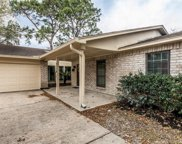2114 Willow Dell Drive, Seabrook image