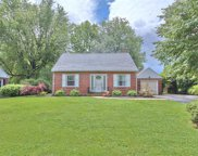 4164 Hampshire, South Whitehall Township image
