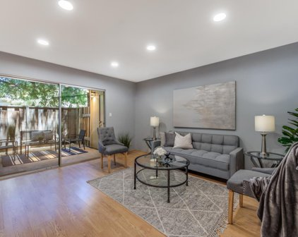 505 Cypress Point Dr 30, Mountain View