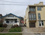 716 N 49th St, Seattle image