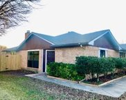 9925 Plainfield Drive, Fort Worth image