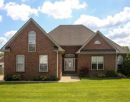 2013 Hollowfield Ln, Greenbrier image