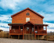 1083 Towering Oaks Dr, Sevierville image