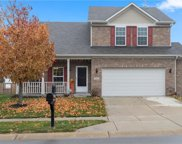 5523 Stoneview, Mccordsville image