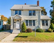 327 Commonwealth Ave, Springfield image